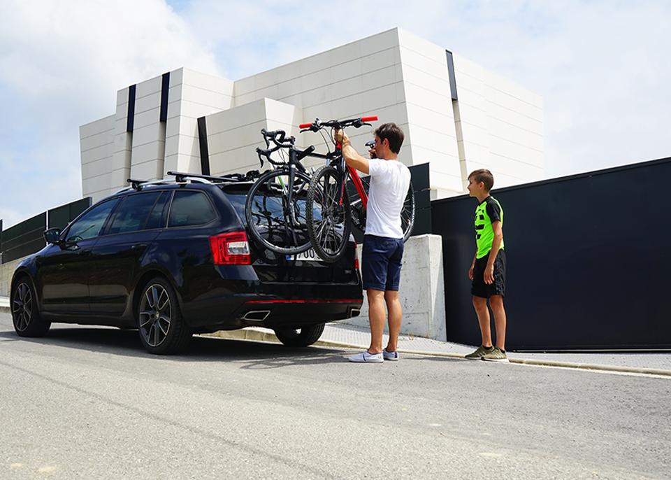 Gobiker - Equipa tu vehículo para el transporte de bicicletas y mascotas. Y sé libre de moverte donde quieras